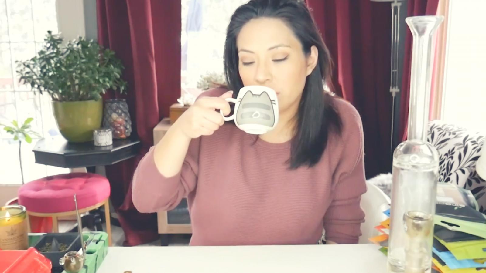 First Coffee Talk of 2019! | Coffee Talk 16 | The Stoner Mom Show